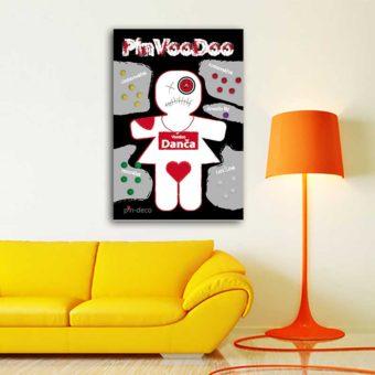 červeně bílá voodoo panenka 2