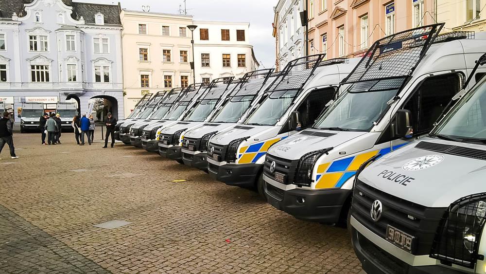 Polepy policejních vozů 28